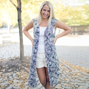 SVY8374 Leaves Print Long Vest