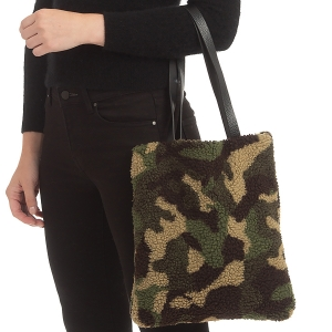 CB0922 Camouflage Teddy Bear Feel Tote Bag
