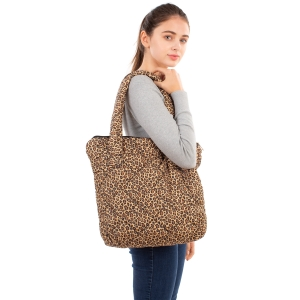 CB1805 Leopard Pattern Padded Tote Bag