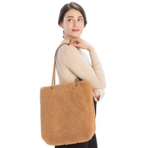 CB9710 Teddy Bear Textured Tote Bag, Camel