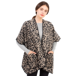 CP1632 Cheetah Pattern Winter Cape, Beige