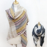 CS2522 Houndstooth Square Scarf