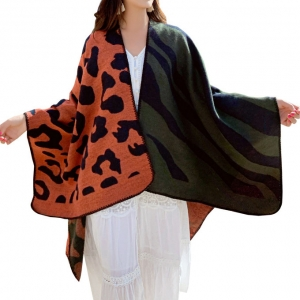 FP028 Multi Animal Patterns Poncho