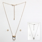 MRN223 CRYSTAL POINT NECKLACE