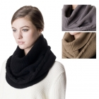 SS2739 Cable Knit Neck Warmeer