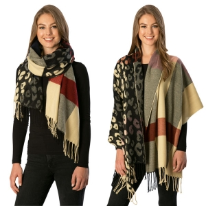 CS7236 Check Pattern Scarf W/Leopard Print Accent