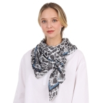 CS1003 Broken Tile Mosaic Pattern Scarf, Black