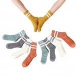 FO018 Solid Color & Stripes Soft Plush Socks